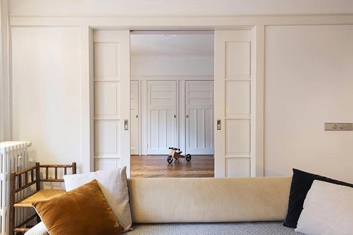 Schuifdeuren op maat gemaakt door interieurbouwer Berkel en Rodenrijs
