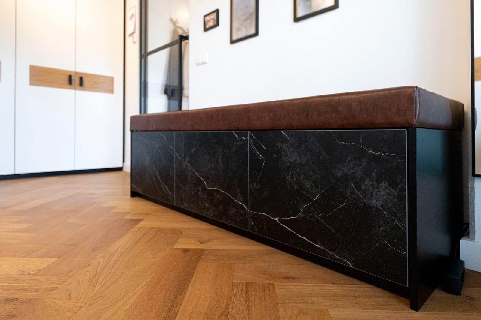 Atelier19 Schoenen Opbergkast Marmer op maat gemaakt door meubelmakers Rhoon