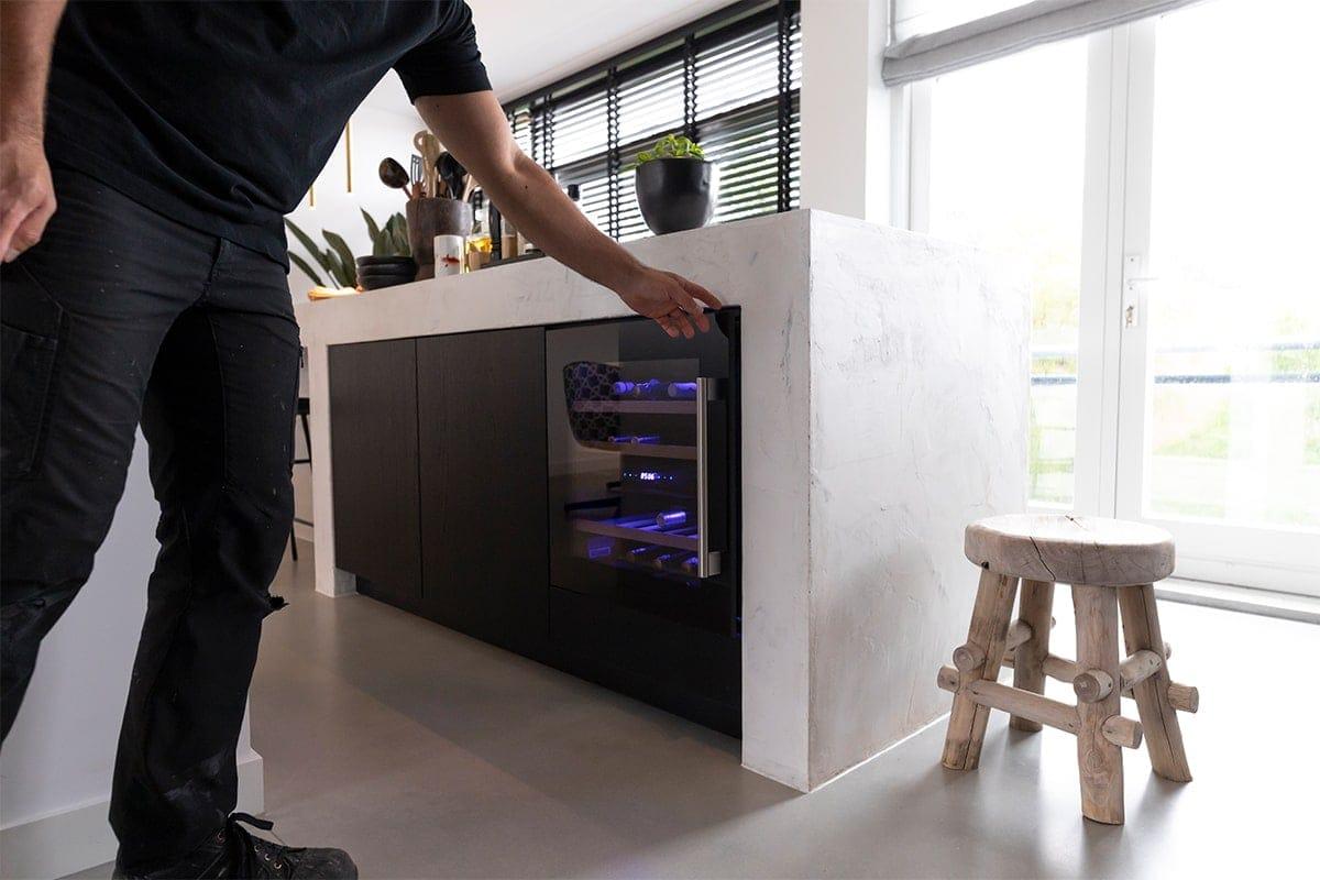 Interieurbouwer Dordrecht Die Een Moderne Zwart Witte Keukeneiland Hebben Gemaakt
