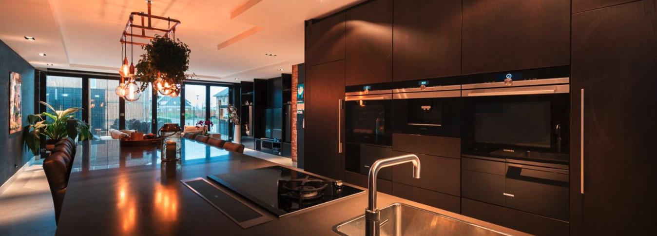Zwarte Ruime Keuken Op Maat Laten Maken Zoetermeer