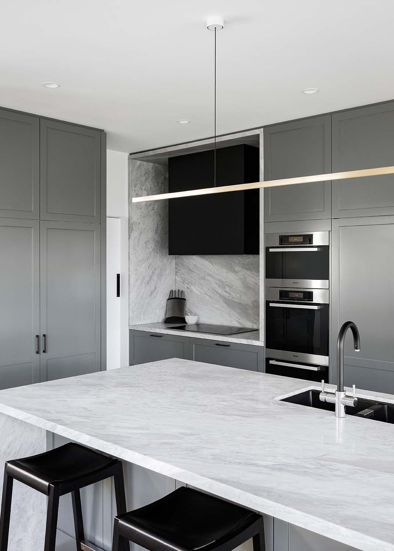 Witte marmer keuken